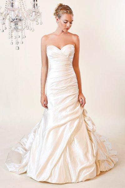Wedding Dresses, Sweetheart Wedding Dresses, A-line Wedding Dresses, Mermaid Wedding Dresses, Romantic Wedding Dresses, Fashion, white, ivory, Romantic, Sweetheart, Strapless, Strapless Wedding Dresses, A-line, Floor, Formal, Taffeta, Pick-ups, Sleeveless, Ruching, Fit-n-Flare, taffeta wedding dresses, Winnie Chlomin Diamond Label, Formal Wedding Dresses, Floor Wedding Dresses