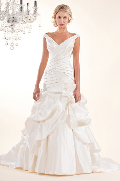 Wedding Dresses, A-line Wedding Dresses, Mermaid Wedding Dresses, Fashion, white, ivory, Flowers, A-line, Off the shoulder, V-neck, V-neck Wedding Dresses, Floor, Organza, Dropped, Pleats, Pick-ups, Sleeveless, Fit-n-Flare, Off the Shoulder Wedding Dresses, organza wedding dresses, Winnie Chlomin Diamond Label, Flower Wedding Dresses, Floor Wedding Dresses