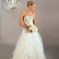 Wedding Dresses, A-line Wedding Dresses, Ball Gown Wedding Dresses, Fashion, white, ivory, Flowers, Strapless, Strapless Wedding Dresses, A-line, Tulle, Floor, Organza, Pick-ups, Sleeveless, Ball gown, Avant-Garde, organza wedding dresses, tulle wedding dresses, Winnie Chlomin Diamond Label, Flower Wedding Dresses, Floor Wedding Dresses