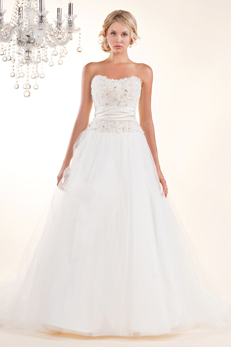 Wedding Dresses, Sweetheart Wedding Dresses, A-line Wedding Dresses, Ball Gown Wedding Dresses, Romantic Wedding Dresses, Fashion, white, ivory, Classic, Flowers, Romantic, Sweetheart, Strapless, Strapless Wedding Dresses, A-line, Beading, Tulle, Satin, Floor, Formal, Silk, Sleeveless, Ball gown, Sash/Belt, Beaded Wedding Dresses, Classic Wedding Dresses, tulle wedding dresses, Winnie Chlomin Diamond Label, satin wedding dresses, Flower Wedding Dresses, Formal Wedding Dresses, Silk Wedding Dresses, Floor Wedding Dresses, Sash Wedding Dresses, Belt Wedding Dresses