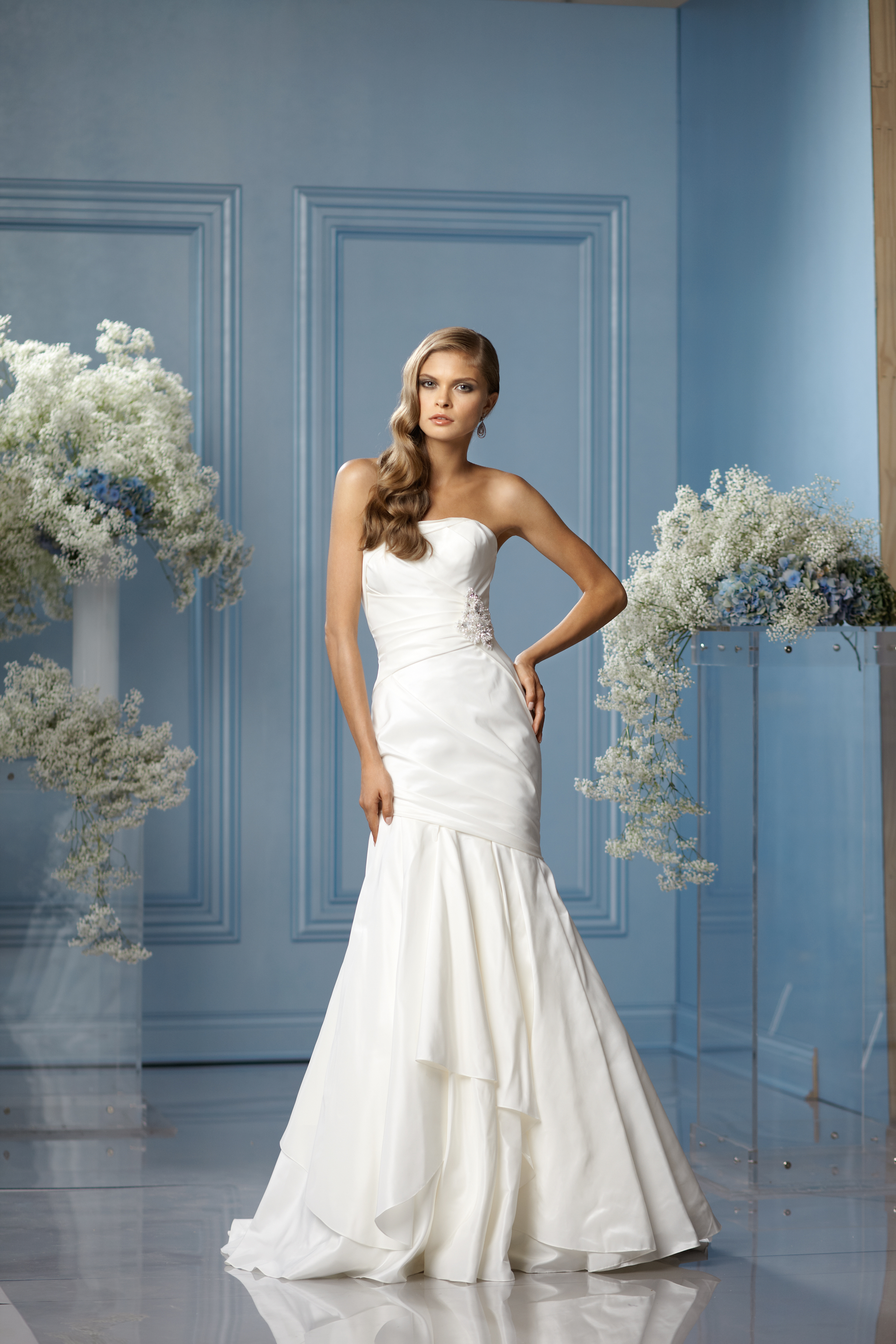 Mermaid Wedding Dresses, Romantic Wedding Dresses, Hollywood Glam Wedding Dresses, Fashion, white, ivory, Summer, Romantic, Strapless, Strapless Wedding Dresses, Beading, Floor, Wedding dress, Silk, Dropped, Taffeta, Sleeveless, Ruching, Mermaid/Trumpet, Sash/Belt, Fit-n-Flare, hollywood glam, Beaded Wedding Dresses, taffeta wedding dresses, trumpet wedding dresses, w too, Silk Wedding Dresses, Summer Wedding Dresses, Floor Wedding Dresses, Sash Wedding Dresses, Belt Wedding Dresses