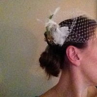 side view of fascinator