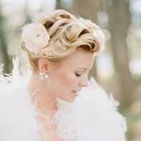 Lainey's Romantic Bridal Session