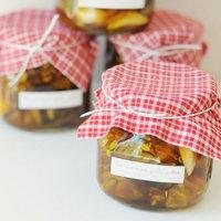 DIY: Hot & Sweet Garlic Pickle Favors