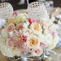 Flowers & Decor, Real Weddings, Wedding Style, pink, Centerpieces, Place Settings, West Coast Real Weddings, Classic Real Weddings, Glam Real Weddings, Classic Weddings, Glam Weddings, Classic Wedding Flowers & Decor, Glam Wedding Flowers & Decor, Peach, Table settings, California weddings, West Coast Weddings, Romantic Real Weddings, Romantic Weddings, california real weddings