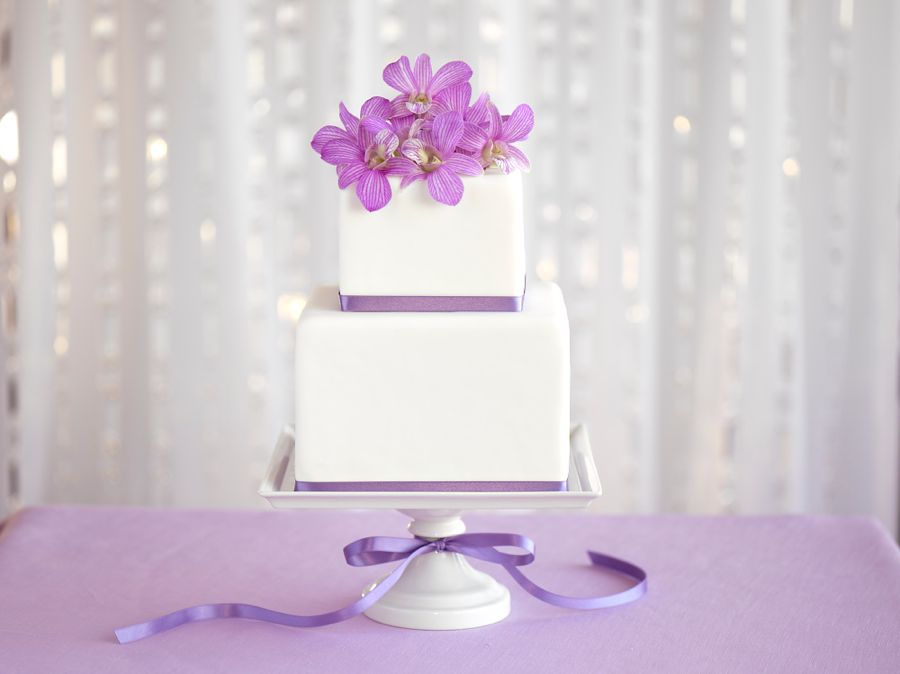 Lilca Bloom Cake with Lavender Dendrobium Orchid Flower Topper