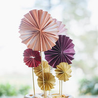 DIY: Accordion Pinwheel Cake Top
