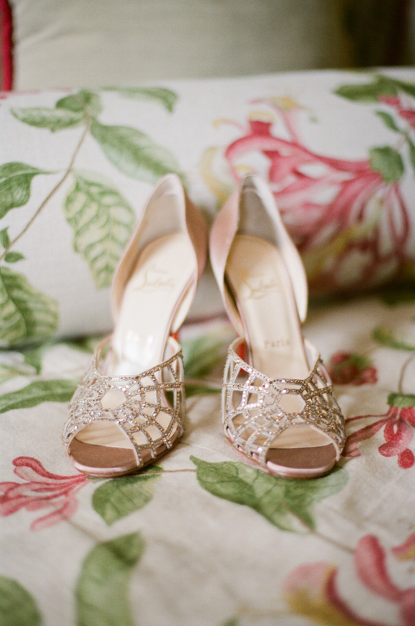 Shoes, Real Weddings, gold, Bridal shoes, Heels, Elegant, Glamorous, Christian louboutin, Metallic, Old hollywood, Sparkly, Jessica Lorren Organic Photography