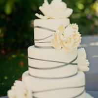 Cakes, Wedding Style, ivory, silver, Classic Wedding Cakes, Floral Wedding Cakes, Modern Wedding Cakes, Round Wedding Cakes, Wedding Cakes, Classic Weddings, Modern Weddings