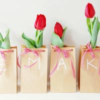 DIY: Tulip Bulb Favors