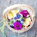 1377105198_thumb_meg-perotti-laughin-gal-floral-9