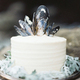 1378344943 small thumb simple white wedding cake black blue mussel shell topper1