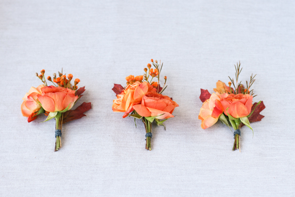 how to make flowers out of autumn leaves