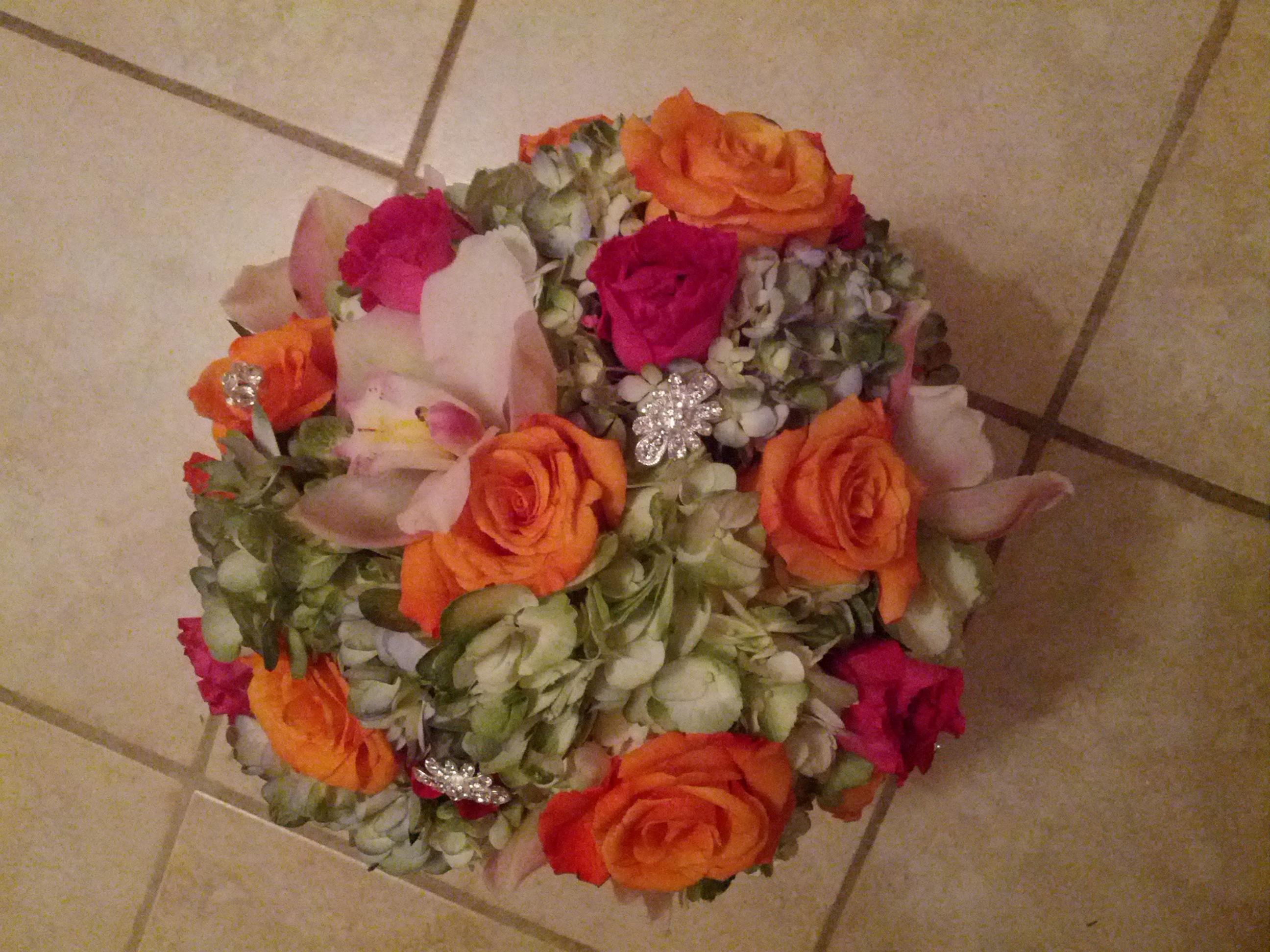 Bridal bouquet with bling