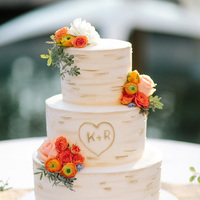 6 Wedding Cake Myths -- Busted!