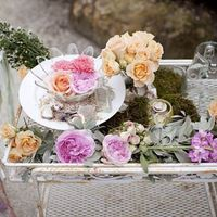 14 Creative Ways to Display Wedding Flowers