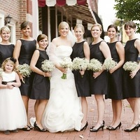 10 Must-Take Photos of Your Bridesmaids