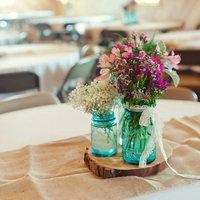 5 Ideas for Budget Wedding Centerpieces