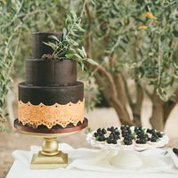 Black Lace Doilies Wedding Cake