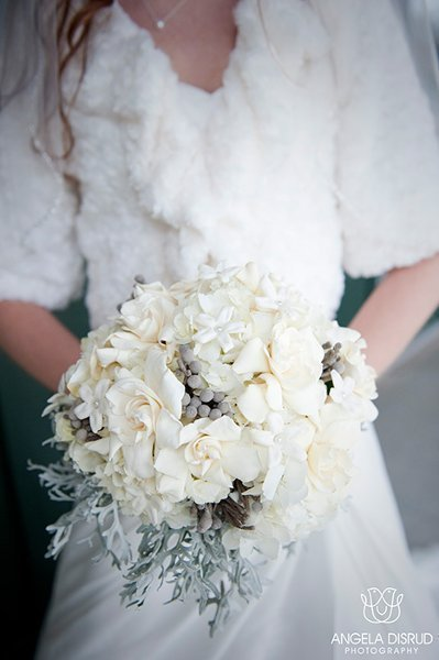 White and Grey Winter Bouquet