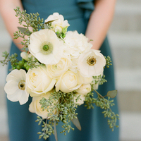 Green and Ivory Winter Bouquet