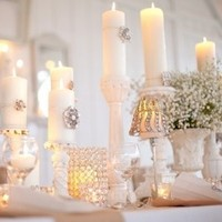 White Winter Wedding Table