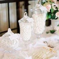 Winter Wedding Candy Display