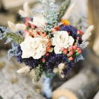 Boho-Chic Winter Bouquet
