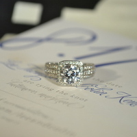 Cushion Cut Halo Engagment Ring