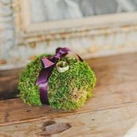 Moss Wedding Ring Pillow