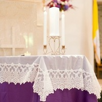 Lace Wedding Ceremony Table