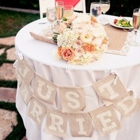 Peach and Tan Sweetheart Table