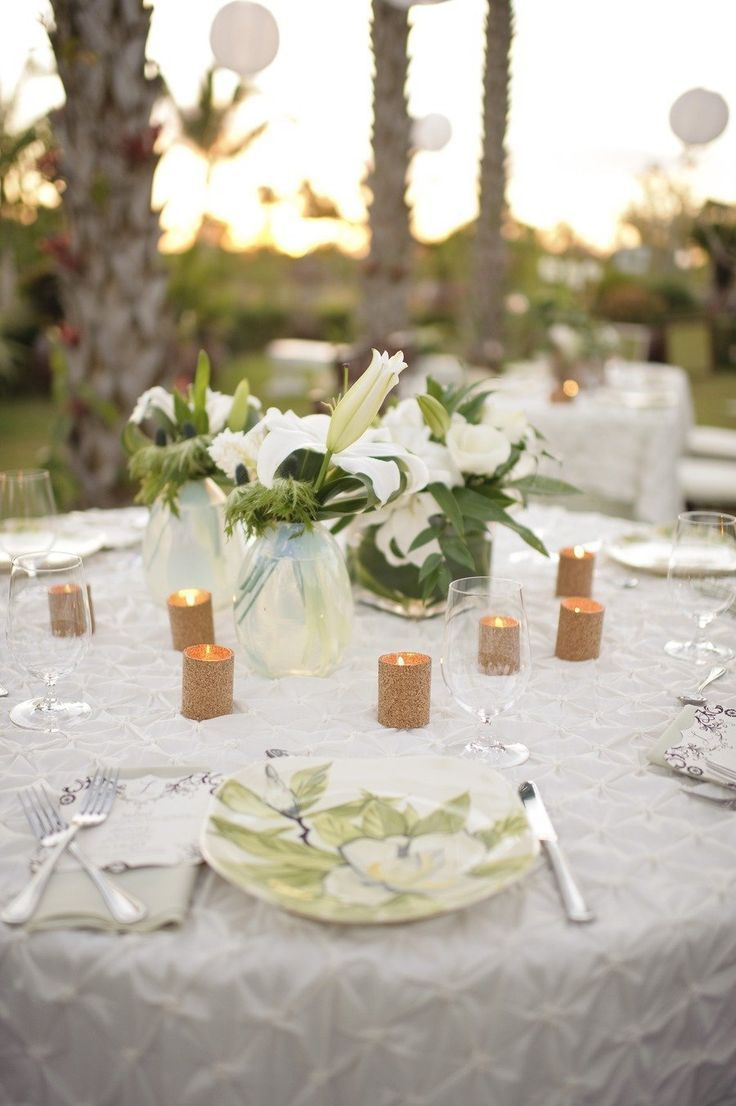 Classic Beach Wedding Table
