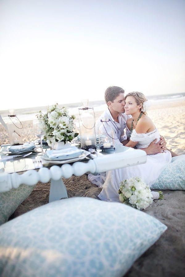 Intimate Beach Wedding Decor