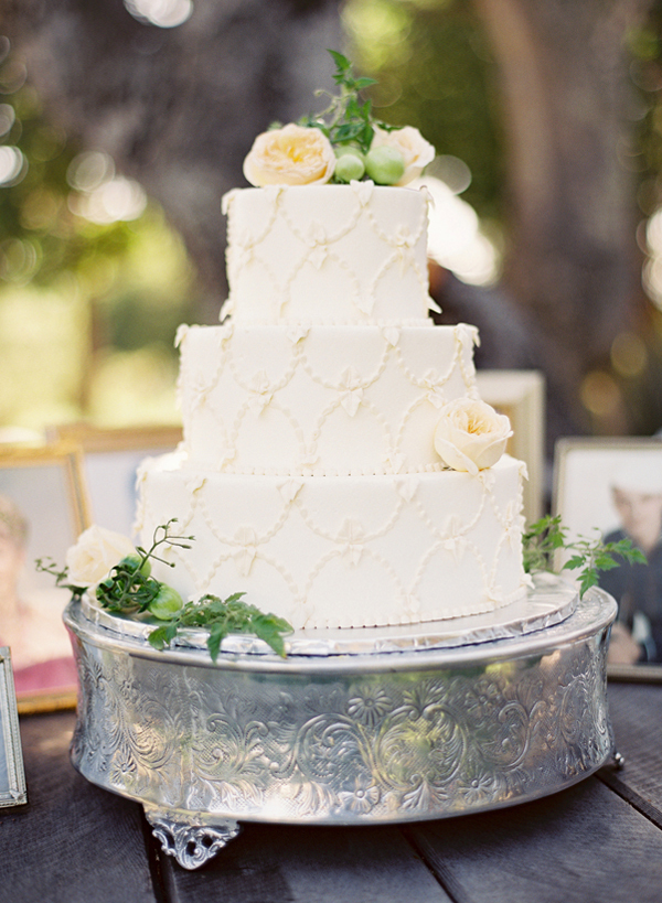 Patterned Floral Wedding Cakes