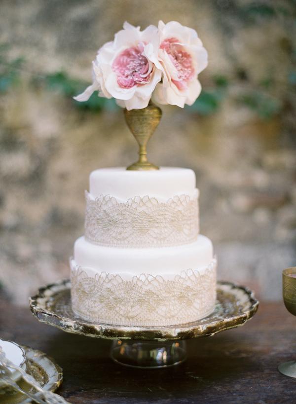 Lace Doilies Floral Wedding Cakes