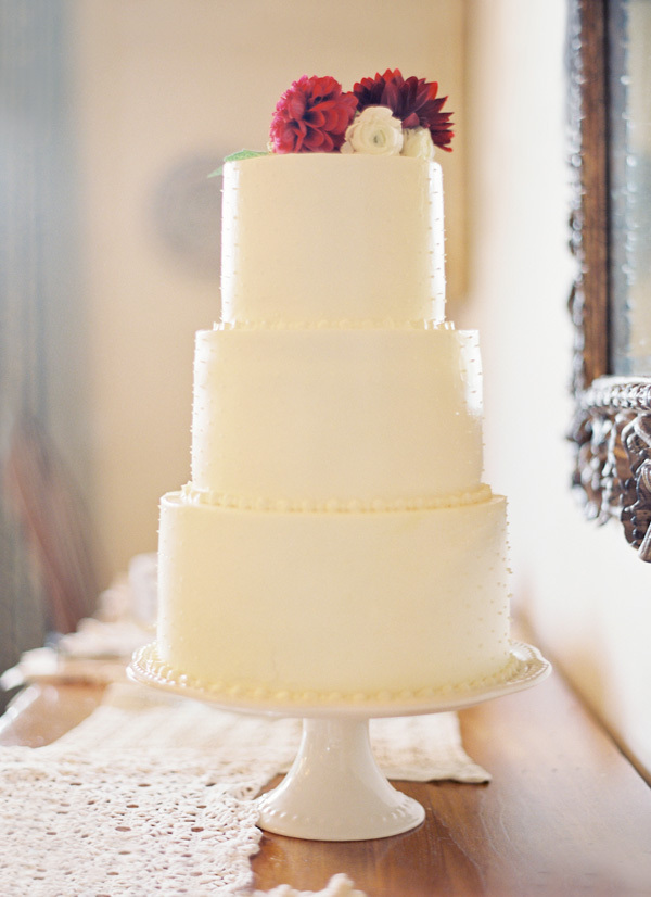 Classic Floral Wedding Cakes