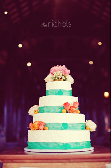 Green Floral Wedding Cakes