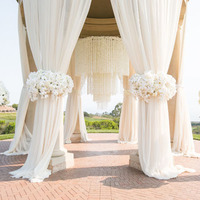 16 Breathtaking Outdoor Ceremony Scenes