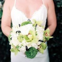 Green and White Beach Bouquet