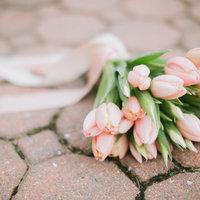 DIY: Spring Tulip Bouquet