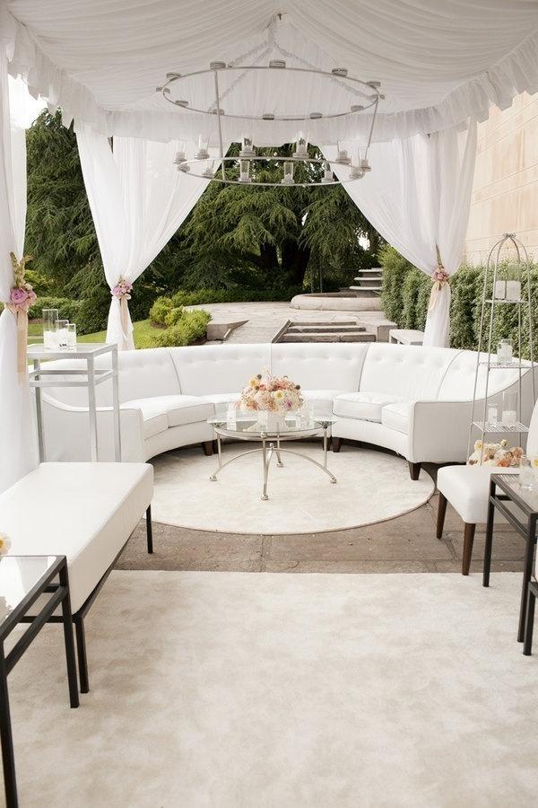 White Cocktail Lounge Decor