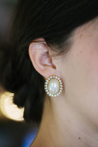 Classic Pearl Oval Studs