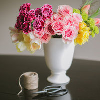 DIY: Mini Spring Bouquets