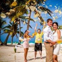 Caribbean Wedding in Punta Cana, Cap Cana Beach. Photo by Nik Vacuum Photography. Destination wedding planner www.wedding-caribbean.com
