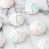 DIY: Watercolor-Inspired Meringues
