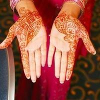 Partial Henna Coverage