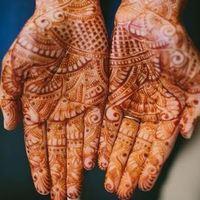 Elegant Henna Tattoo