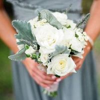 Ivory Garden Rose Bouquet