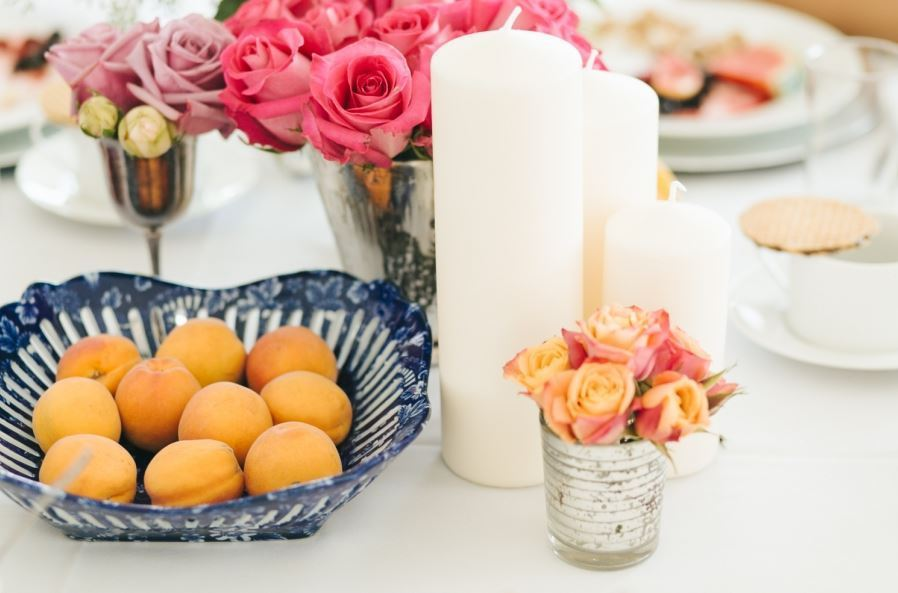 Pretty Peaches Centerpiece